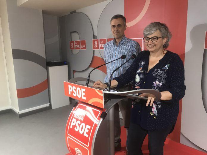 Ana González e Iván Fernández Ardura. / PSOE