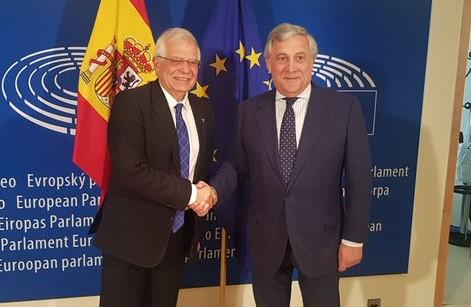 Josep Borrell renuncia al acta d'eurodiputáu