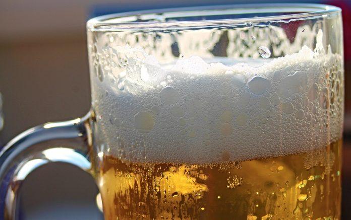 Los efectos positivos de la cerveza ensin alcohol na salú. / Pixabay