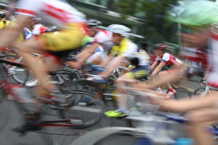 Cortes de tráficu pol pasu de La Vuelta el sábadu per Xixón