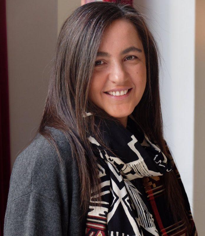 La periodista mierense Nuria Varela, nueva directora d'Igualdá