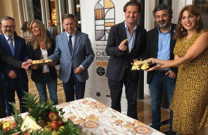 Uviéu va acoyer la próxima edición de los World Cheese Awards